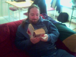 David_pretending_to_be_literate